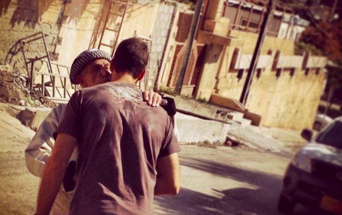 Brotherly kiss
